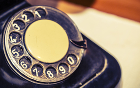 Page topic vintage phone